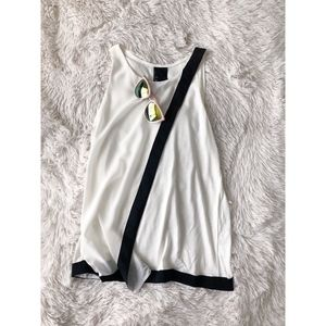 ANTHROPOLOGY off white+black asymmetrical top